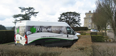 van at hedsor garden maintenance